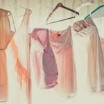 Des robes et un mariage