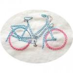 Le vélo sur le terrain de la couture