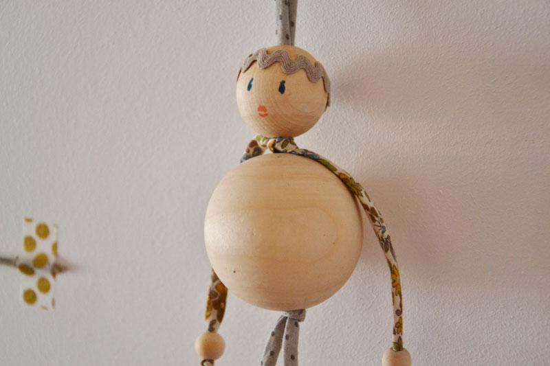 textile-et-perles-en-bois-deco-spaghetti-Frou-Frou