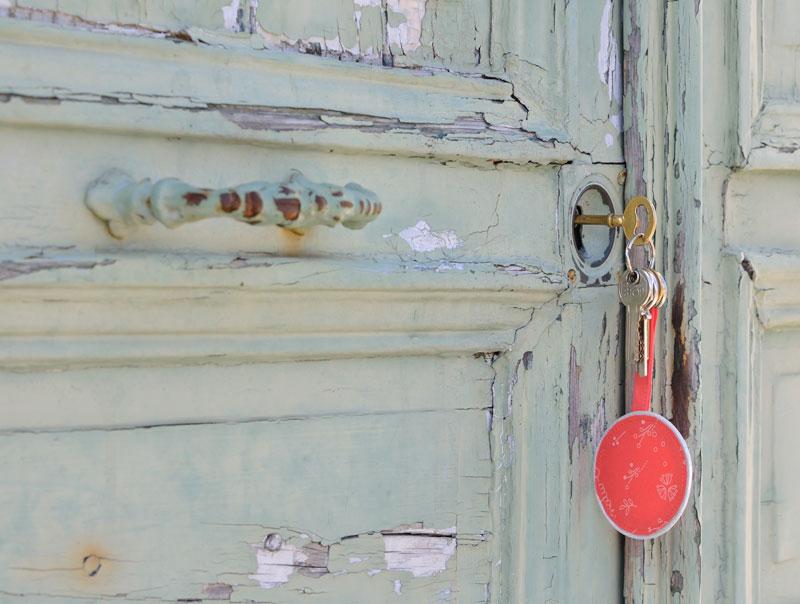 porte-clefs-en-tissu-Frou-Frou-par-Fikou-Mikou