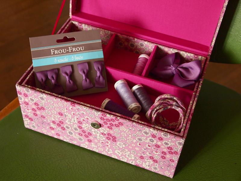 Les nouvelles bo tes couture le blog couture frou frou for Coffret de couture