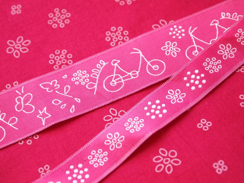 ruban-Frou-Frou-A-Bicyclette-camelia