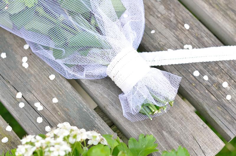 DIY-bouquet-avec-dentelles-Frou-Frou-by-Fikou-Mikou-7