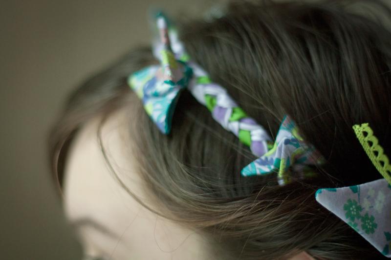 headband-en-tissu-tresse-Frou-Frou-DIY-de-Seven-Lane