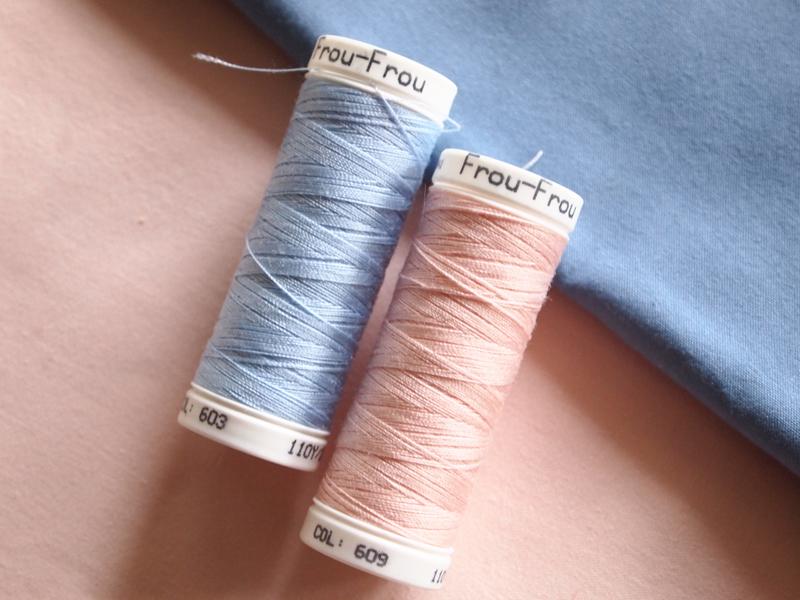bleu-et-rose-Frou-Frou