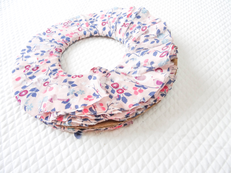 DIY-pompon-couture-5