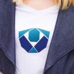 Le DIY du T-shirt au motif origami en thermocollant